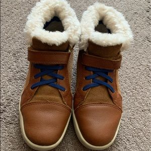 Boys leather Ugg boots size 2